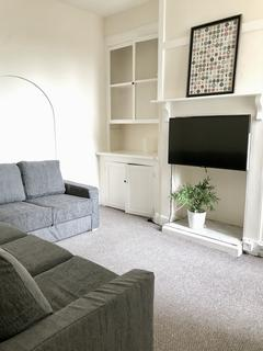 8 bedroom terraced house to rent - Abingdon Road, Plymouth