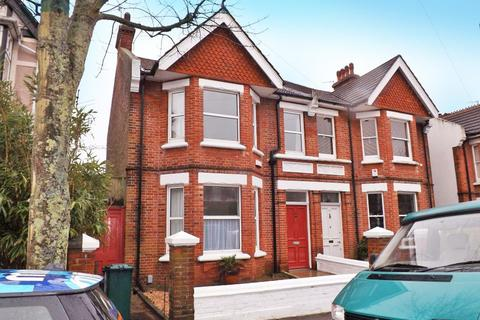 4 bedroom semi-detached house to rent - Rugby Road, Brighton, East Sussex, BN1 6EB