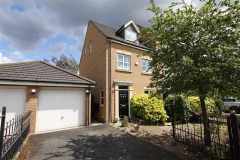 3 bedroom semi-detached house for sale - Lawnhurst Avenue, Manchester