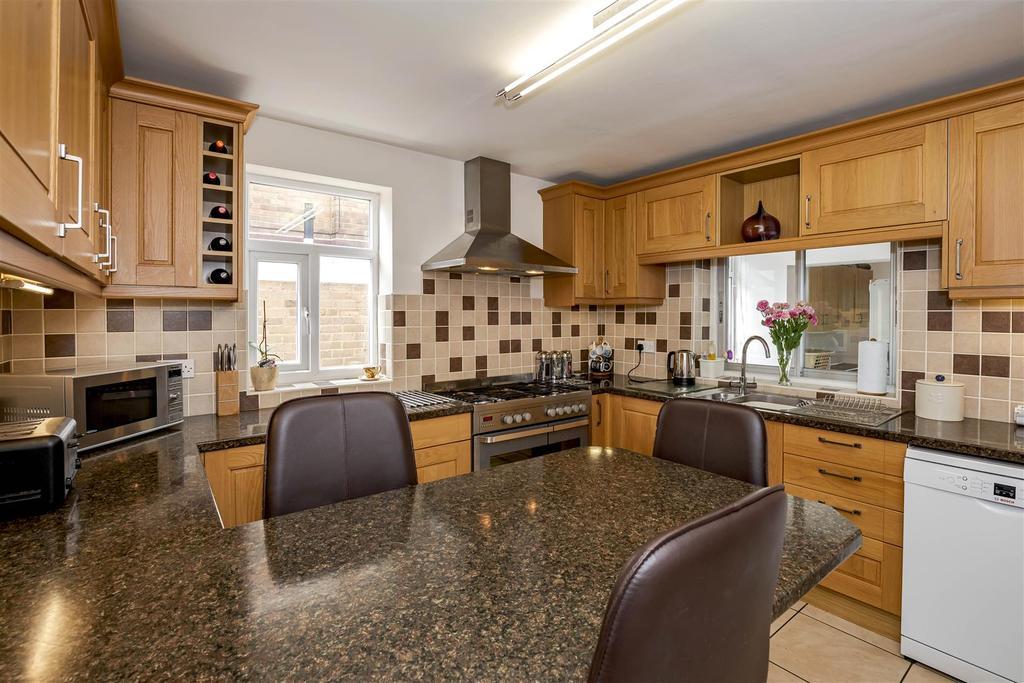 Luxury fitted breakfast/kitchen