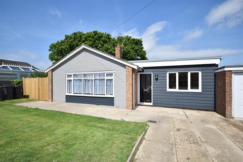 3 bedroom detached bungalow for sale - Brede Valley View, Icklesham, Winchelsea