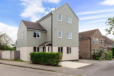 5 bedroom detached house for sale - Hamberts Road, South Woodham Ferrers, Chelmsford