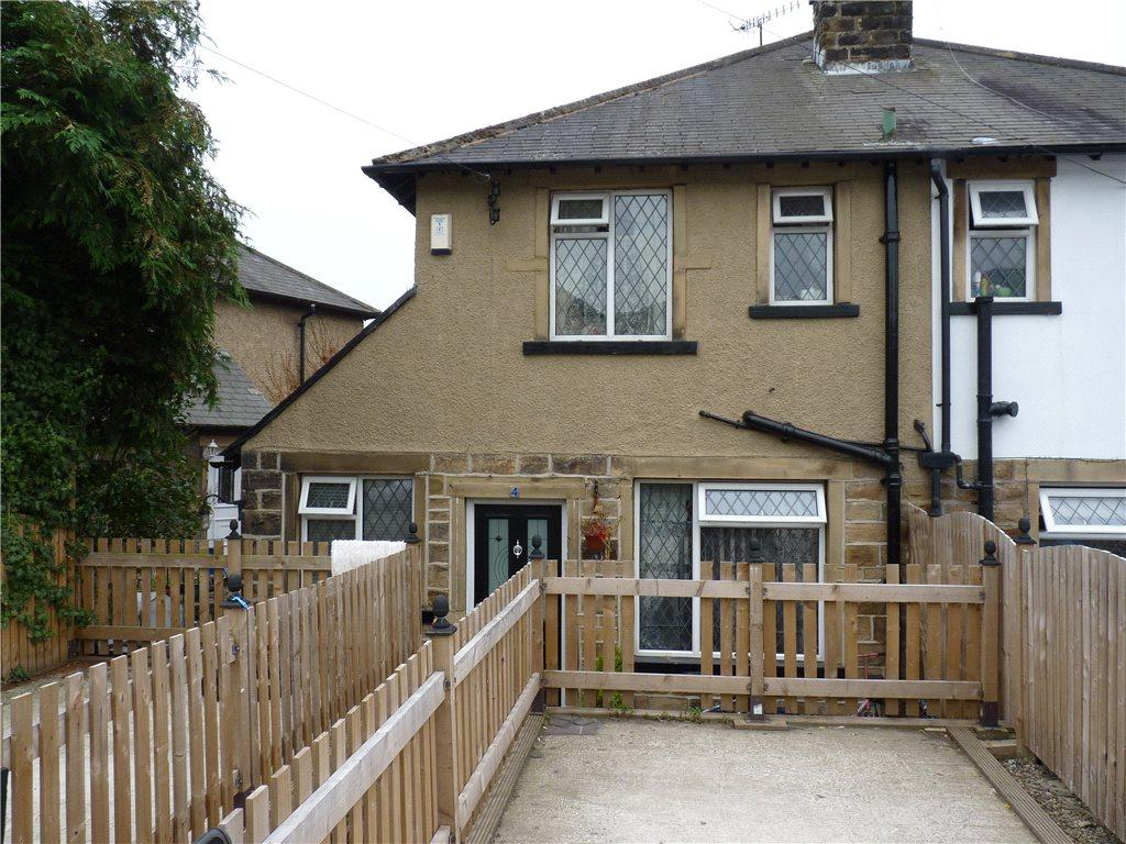 3 Bedrooms Semi Detached House for sale in Beechwood Avenue, Riddlesden, Keighley, West Yorkshire