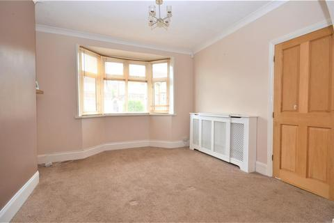 3 bedroom semi-detached house to rent - Farley Hill, Luton