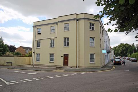 1 bedroom flat to rent - Keynsham Road, Close To Town Centre, Cheltenham