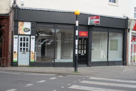 Shop to rent - 30 Market Place, Retford, Nottinghamshire, DN22 6DW