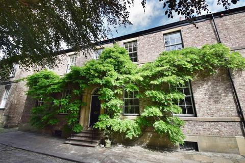 6 bedroom terraced house for sale - Camp Terrace, North Shields