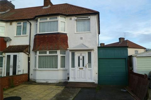 2 bedroom semi-detached house to rent - Byward Avenue, Feltham, TW14