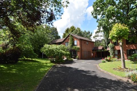 3 bedroom semi-detached house for sale - Oak Farm Road, Bournville, Birmingham, B30