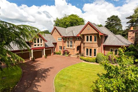 6 bedroom detached house for sale - Bucklow View, Bowdon, Cheshire, WA14