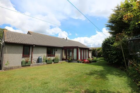 3 bedroom detached bungalow for sale - Meadow Drive, Camborne