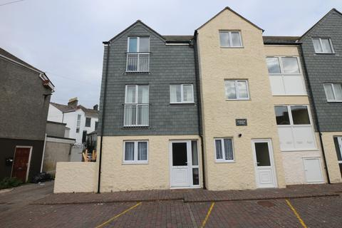 2 bedroom ground floor flat - Gurneys Court, Camborne