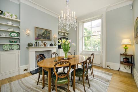4 bedroom end of terrace house to rent - Campden Grove, Kensington, W8
