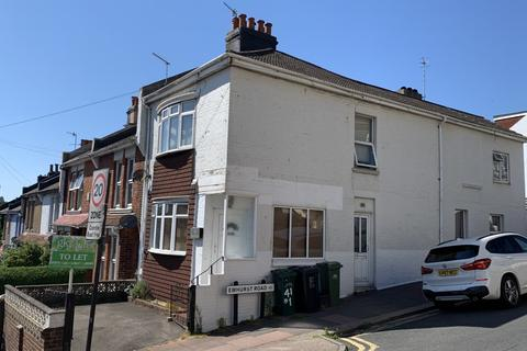 2 bedroom flat to rent - Bear Road, Coombe Road