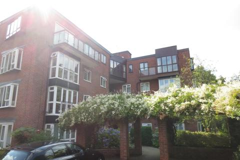2 bedroom flat to rent - Ravenswood, Spath Road, M20