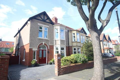 4 bedroom semi-detached house for sale - Ashfield Grove, Whitley Bay, NE26 1RT