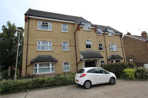 2 bedroom flat to rent - Strode Street, Egham, Surrey