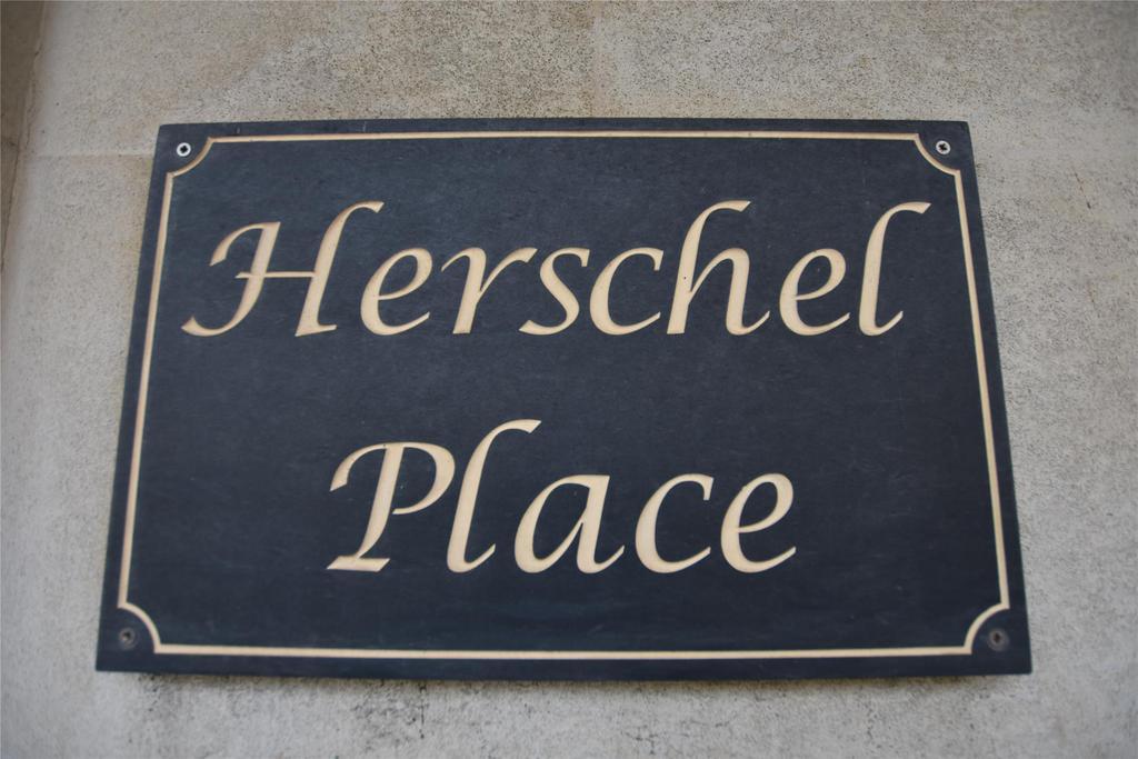 Herschel Place