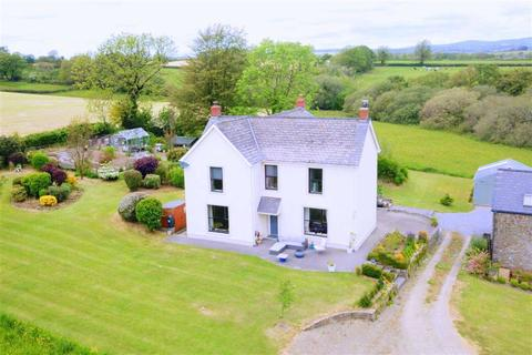 5 bedroom property with land for sale - Grondre, Clynderwen, Pembrokeshire