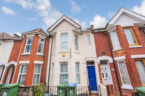 5 bedroom terraced house for sale - Thackeray Road, Portswood, Southampton, SO17