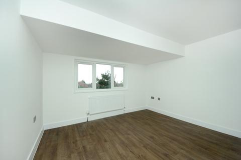 1 bedroom apartment to rent - Allison Road, W3