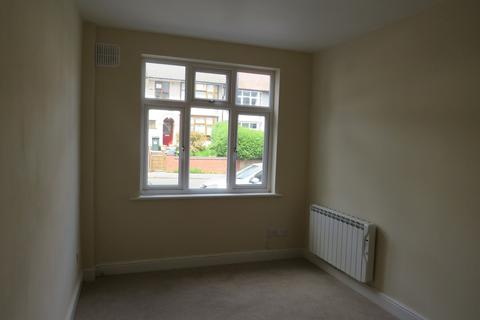 2 bedroom ground floor flat to rent - Albany Road, Coventry