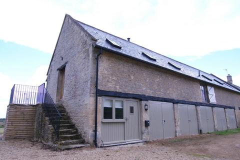 2 bedroom barn conversion to rent - Holwell Downs Farm, Holwell, OX18