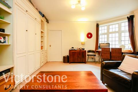 Studio for sale -  Clare Court, Judd Street, London, WC1H
