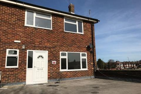 3 bedroom property to rent - Luton LU3
