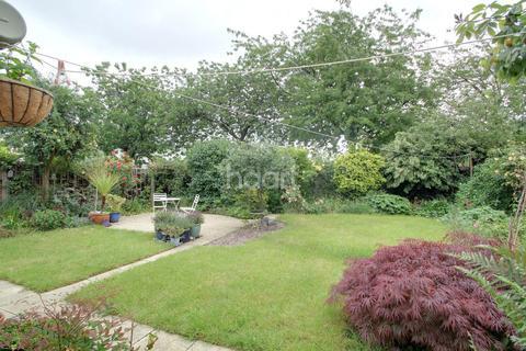 3 bedroom semi-detached house for sale - Talbot Avenue, Orton Longueville, PE2
