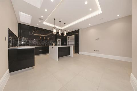 3 bedroom terraced house for sale - Bridge Lane, SW11