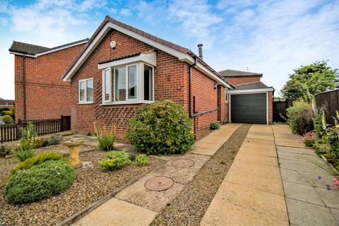 2 bedroom detached bungalow for sale - Deveron Way, York, YO24 2XH