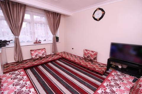 3 bedroom terraced house for sale -  Penbury Road,  Southall, UB2
