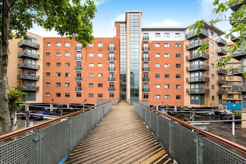 2 bedroom flat for sale - Velocity West, City Walk, Leeds LS11 9BG