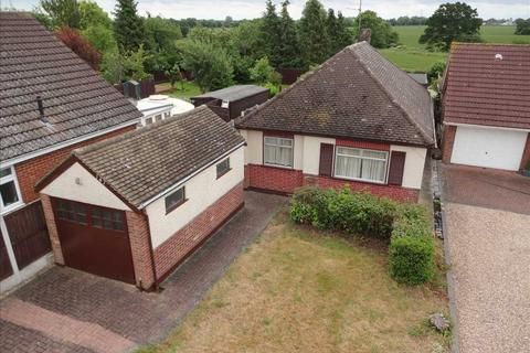 4 bedroom bungalow for sale - Galleywood Road, Great Baddow, Chelmsford