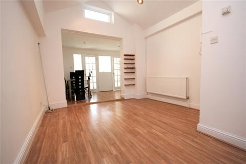 2 bedroom apartment to rent - The Avenue, London, NW6