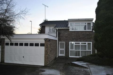 4 bedroom detached house to rent - Sitwell Walk, Leicester, LE5