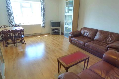 2 bedroom apartment to rent - Rowlands Close, Mill Hill, NW7