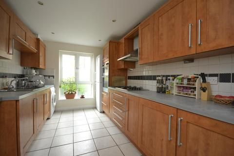 4 bedroom terraced house to rent - Bartholomews Square, Horfield, Bristol