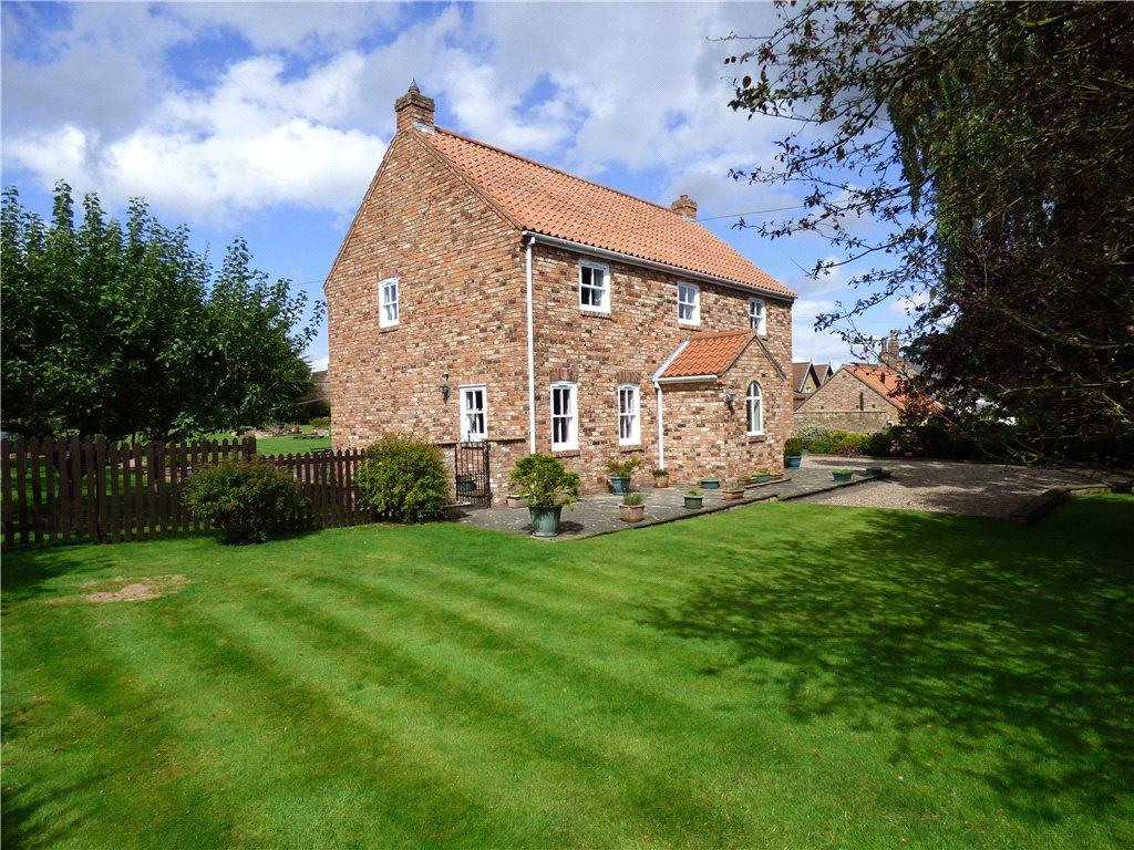 5 Bedrooms Detached House for sale in Studley Roger, Ripon