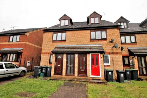 2 bedroom maisonette to rent - Harborough Way, Rushden