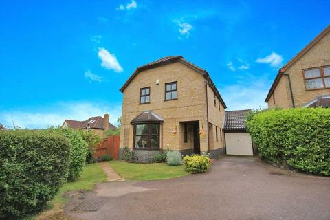 4 bedroom detached house for sale - Pomeroy Grove, Luton