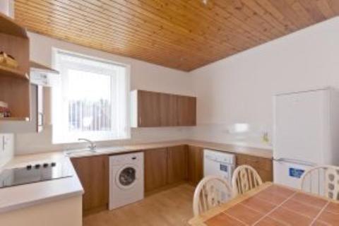 3 bedroom flat to rent - 19B Menzies Road, Aberdeen, AB11 9AX