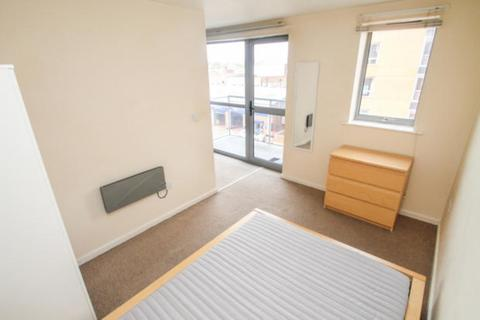 1 bedroom apartment to rent - Ahlux Court