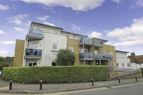 2 bedroom apartment to rent - Water's Reach, Reservoir Road, Ruislip