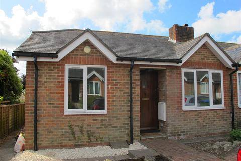 2 bedroom semi-detached bungalow to rent - Cluny Street, Lewes