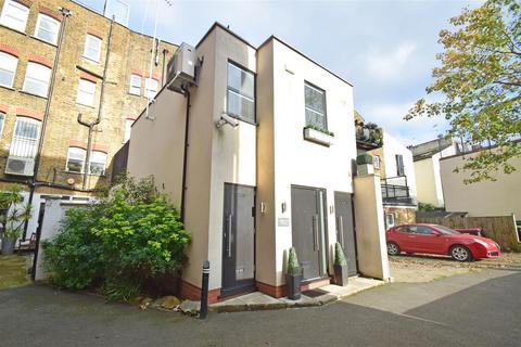 2 bedroom link detached house for sale - Bridle Lane, St Margarets