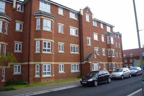 2 bedroom flat to rent - Watling Gardens (P4202) - AVAILABLE