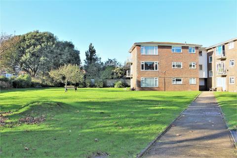 2 bedroom flat for sale - Belgrave Road, Seaford