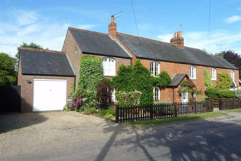 3 bedroom semi-detached house for sale - Green Lane, Sonning Common, Sonning Common Reading